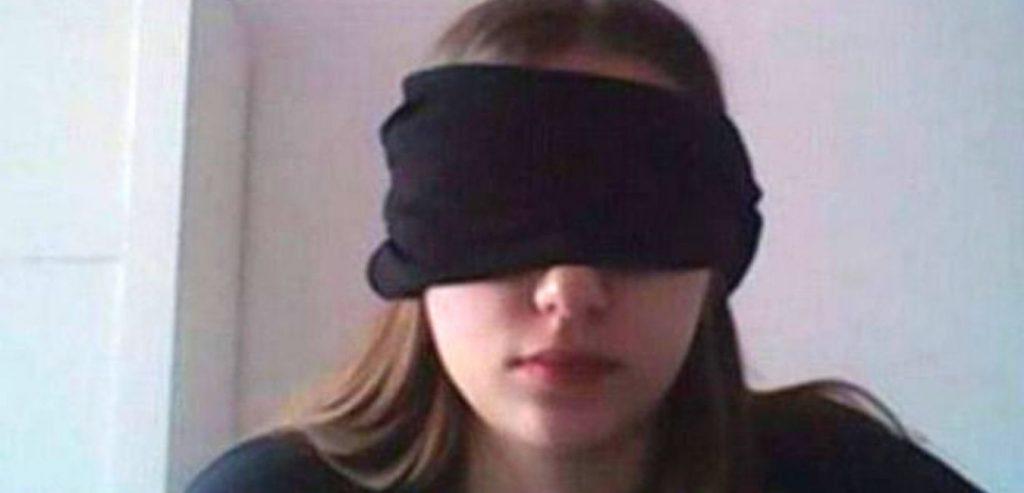blinder Schüler in der Klasse