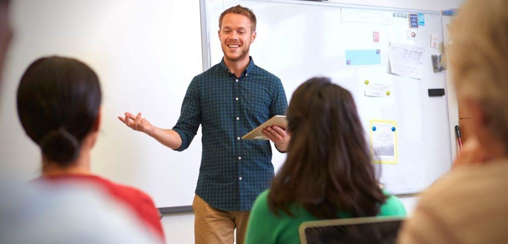 Lehrer CHEAT auf Prüfungen
